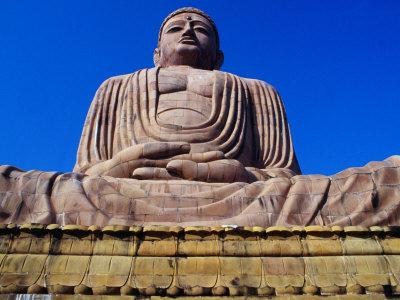 bn5405_1-fbthe-great-buddha-statue-bodhgaya-bihar-india-posters1